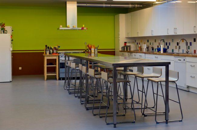 D couvrez l 39 atelier de la cuisine de flore la cuisine de flore cours de cuisine et d - Cours de cuisine a bruxelles ...